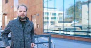 Jussi Partasen mielestä Vesaniemeen kannattaisi perustaa viihtyisä rantaravintola.