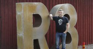 Raikku rokkaa ja rakastaa jo 11. kerran Riku-Sippo Uotilan isännöimällä Peltolan tilalla.
