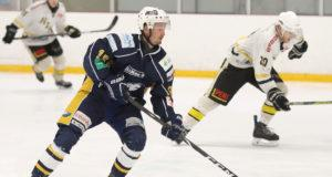 Mikko Kivimaa oli Eaglesin tehopelaaja sunnuntaina. Hän iski hattutempun eli kolme maalia.