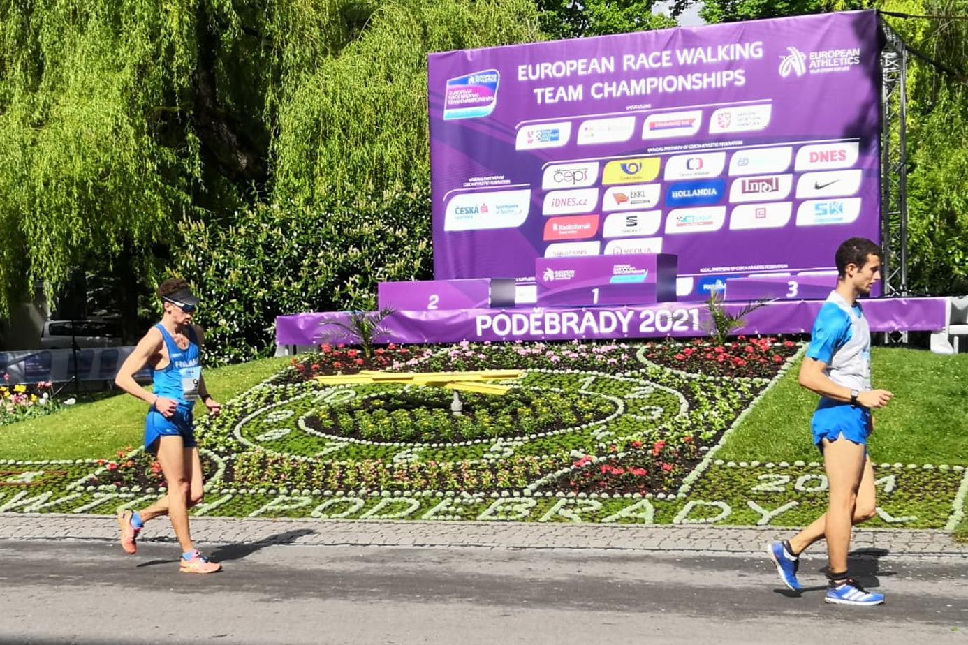 Aleksi Ojalan (kuvassa vas.) kisamatka Tsekkiin täytti odotukset. Hän alitti 50 km:n kävelyssä olympiakisojen tulosrajan puolellatoista minuutilla. Kuva: Tiia Kuikka