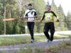 Raivo-Airo Hölkän ainoat osallistujat Heikki Valve (vas.) ja Kari Hanne saapumassa Pelisalmelle.