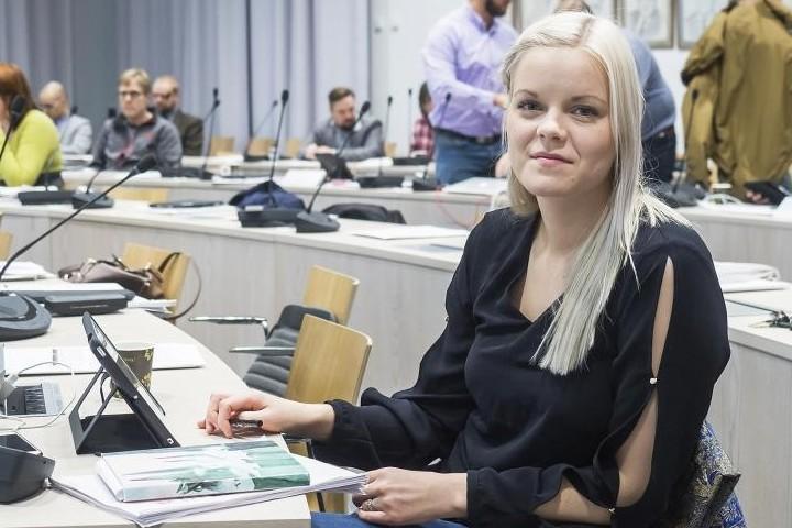 Kangasalan kaupunginvaltuutettu Saana Vahvelainen. Kuva: KS arkisto