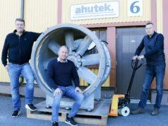 Pekka Lahden, Timo Kakkosen ja Tero Välimaan omistama Ahutek Oy on erikoistunut vaativaan teollisuuskäyttöön tarkoitettujen ilmankäsittelykoneiden ja teollisuuspuhaltimien myyntiin ja markkinointiin.