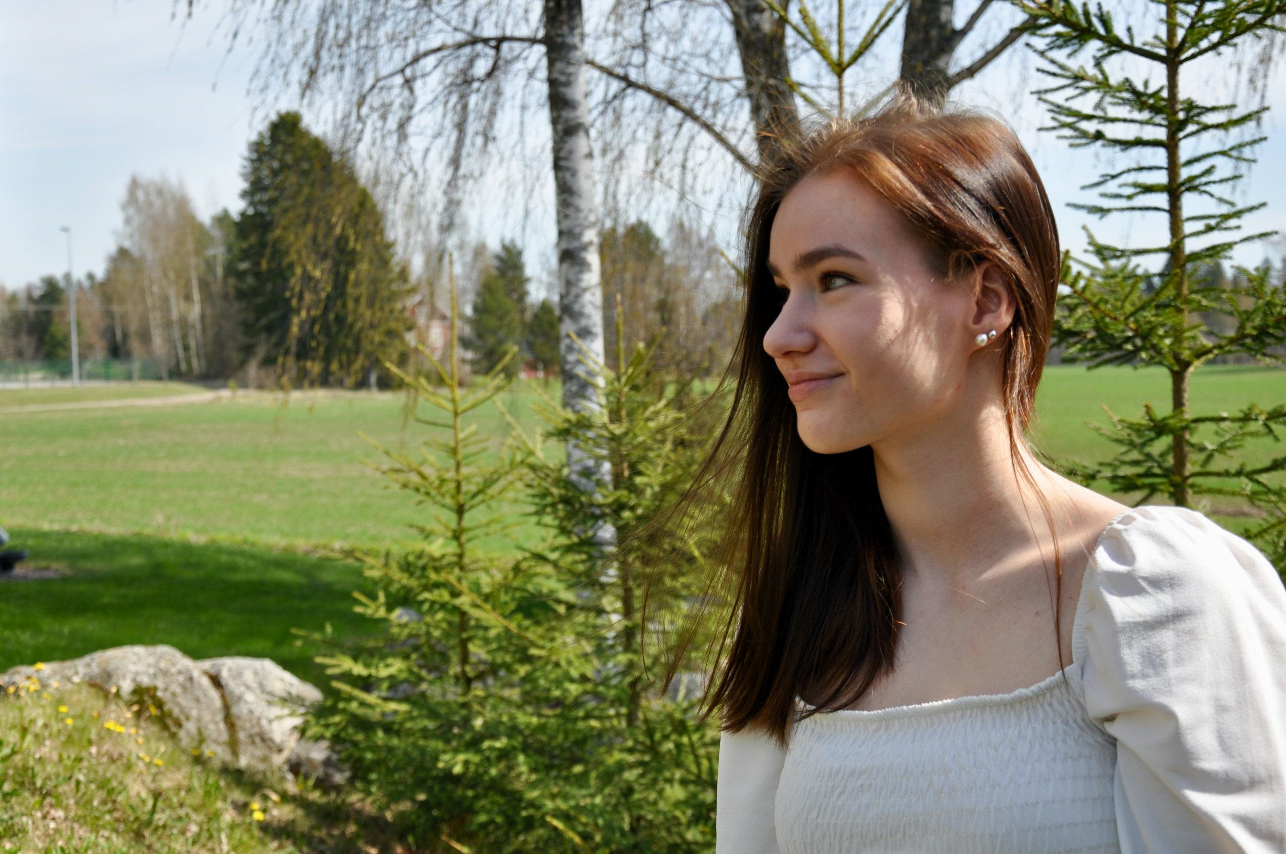 Korona-ajan etäopiskelu ei tuottanut vaikeuksia Anni Välimaalle, joka on tottunut itsenäiseen ja määrätietoiseen opiskeluun.