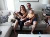 Harjun perhe ja Oiva-koira viihtyvät Kangasalla erinomaisesti. Pauliina, Aki ja lapset muuttavat vielä tänä kesänä Liutusta Kortekumpuun.