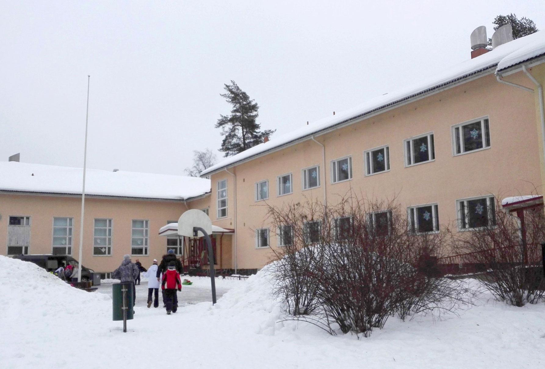 Toimenpide-esitys sisältää yhden yhteisen koulun rakentamisen Ruutanan–Havisevan-alueen lapsille. Uuden koulun valmistumisen jälkeen Havisevan koulu lakkautetaan, ja selvitetään koulun liikuntatilojen säilymistä alueen asukkaiden käytössä.