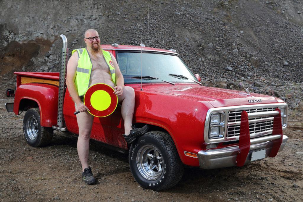 Lokakuussa esiin kääntyy Sami Kautto ja Dodge Pickup Lil Red Truck, jonka omistaa Jari Männikkö. Kuva: Jouni Valkeeniemi