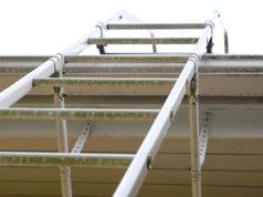 Kaupunki uusii kattoturvatuotteita kolmessa kohteessa.