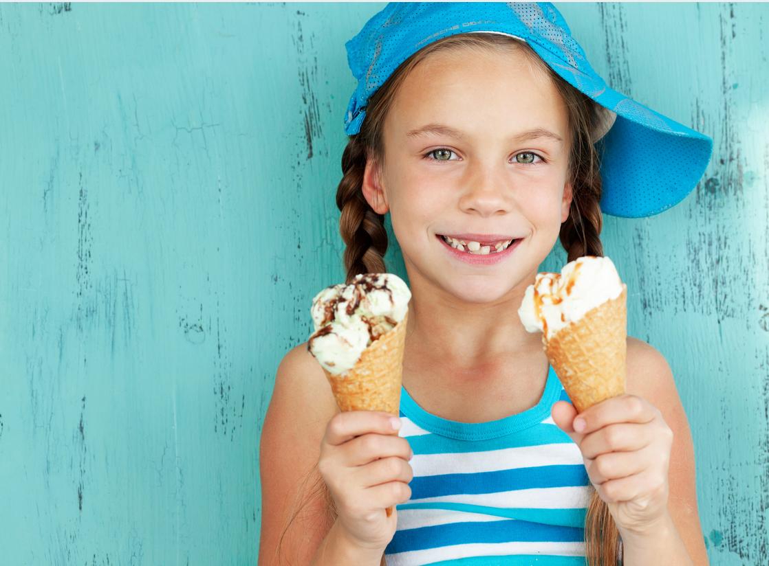 Kangasalla alkoi eilen Unelmien jäätelökesä. Upealla yritysyhteistyöllä syntyi tosicool juttu! Makea Mesta on ihana Minetti-jäätelökioski ja kahden nuoren yrittäjän kesätyöpaikka Tam-Silkin pihassa.