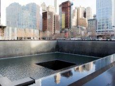 Yhdysvalloissa Manhattanilla voi hiljentyä World Trade Centerin muistomerkin luona, joka sijaitsee tuhottujen kaksoistornien paikalla. Kuva: Pixabay