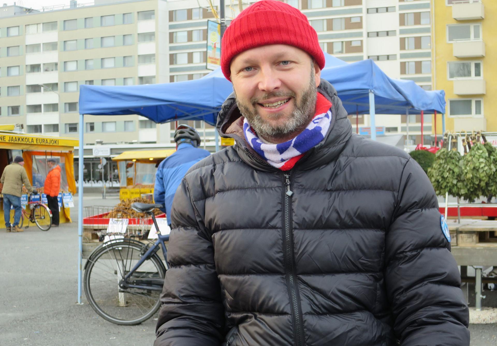 – Yhteistyö on valttia myös matkailussa, tutkimusjohtaja Mikko Manka tähdentää.