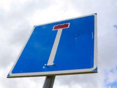 Eräpolulle ja Kivennavankujalle on asukkaiden toiveesta tulossa liikennemerkki, joka kertoo tien päättyvän.