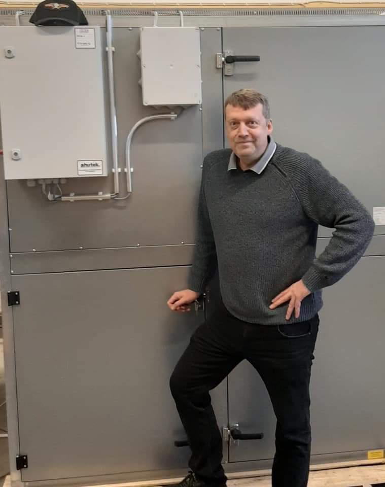 Pekka Lahti on Ahutek Oy:n osakas ja Kangasalan Yrittäjät ry:n hallituksen jäsen.