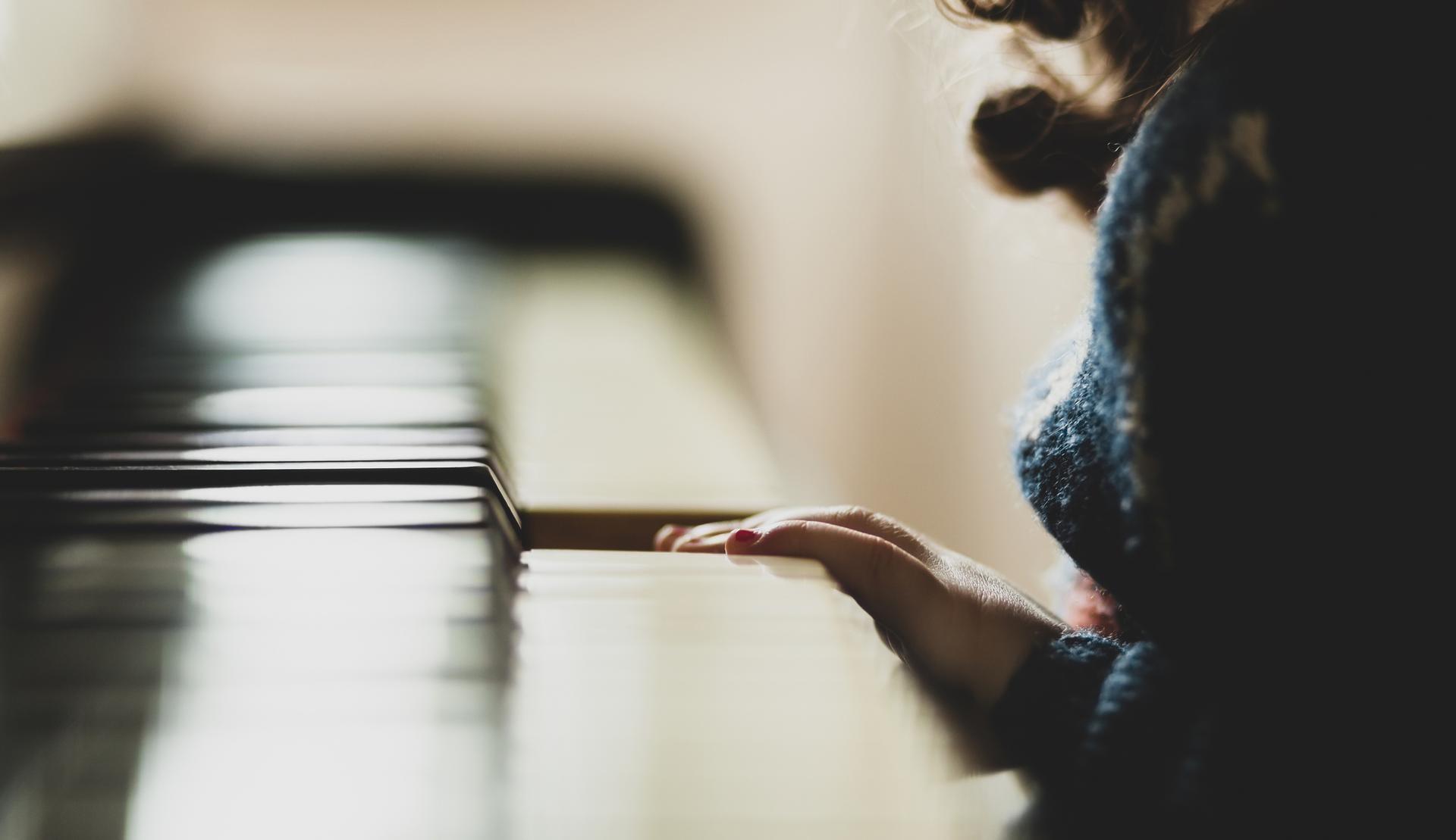 Tampereen konservatoriossa opiskelee 15 kangasalalaista laajassa oppimäärässä. Pirkanmaan musiikkiopistossa opiskelevia kangasalalaisia on 145.