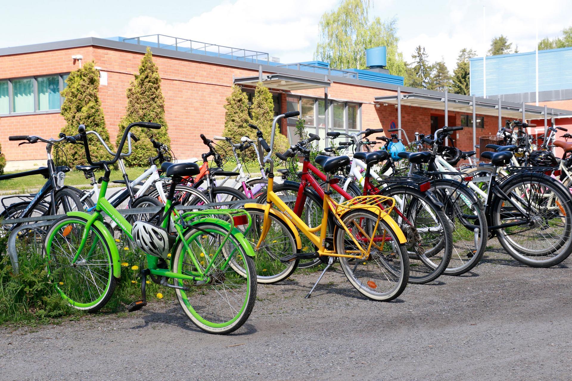 Pikkolan koulu ja Vatialan koulu valittiin Kangasalta mukaan Fiksusti kouluun -ohjelmaan.