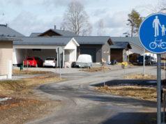 Lumikontien ja Hanna Saikun tien välistä osuutta käytetään läpiajoon, vaikka väylä on varattu pyöräilijöille ja jalankulkijoille.