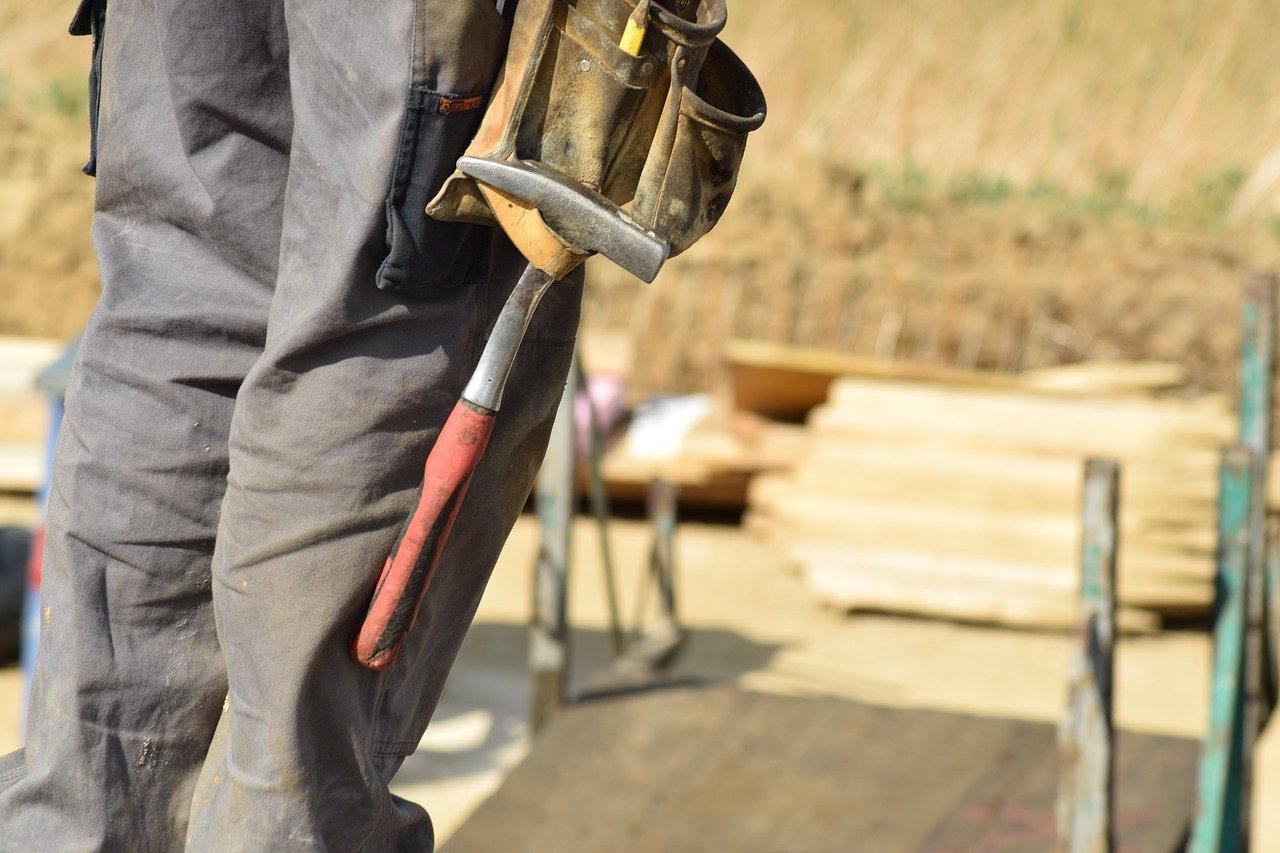 Pirkanmaalla rakennus-, korjaus- ja valmistustyöntekijöiden työttömyys on lisääntynyt selvästi vuoden takaisesta. Kuva: Pixabay