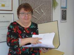 Kun Ritva Tuovinen aloitti tilitoimistonsa 38 vuotta sitten, tieto kulki paperilla ja automaattinen tietojen käsittely teki vasta tuloaan.
