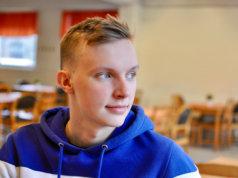 Iiro Pekonen pärjäsi lukiossa hyvin, eikä koronakaan vaikeuttanut opintoja liikaa.